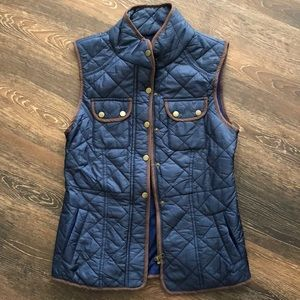 Young Threads New York City Navy quilted NWOT